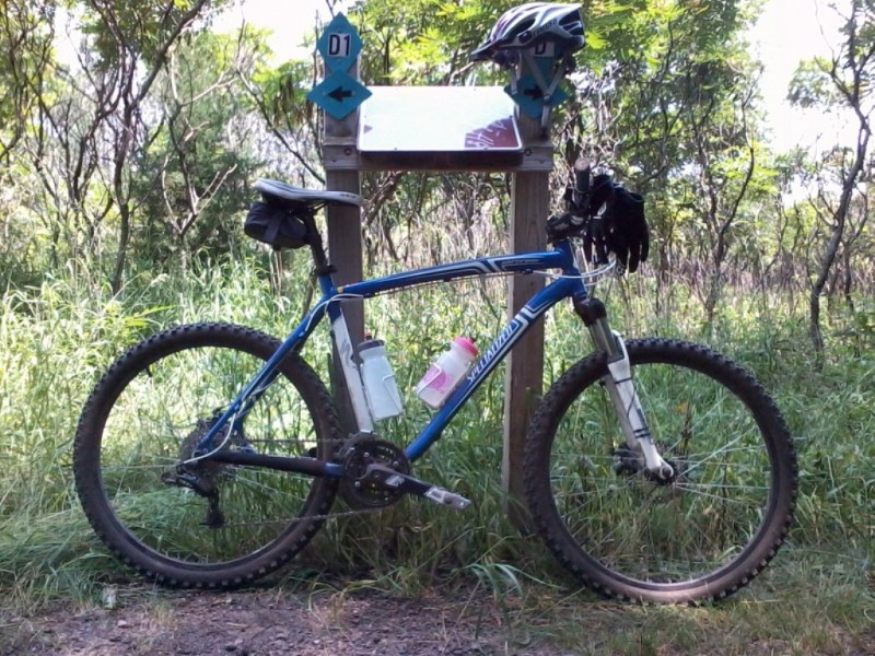 Bike + trail marker pics-mountainbike.jpg