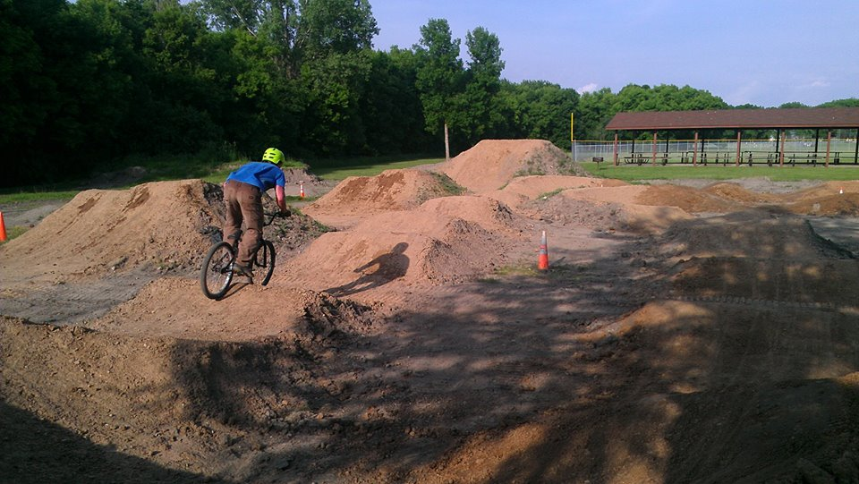 Post Your Dirtjumps!-mppump.jpg