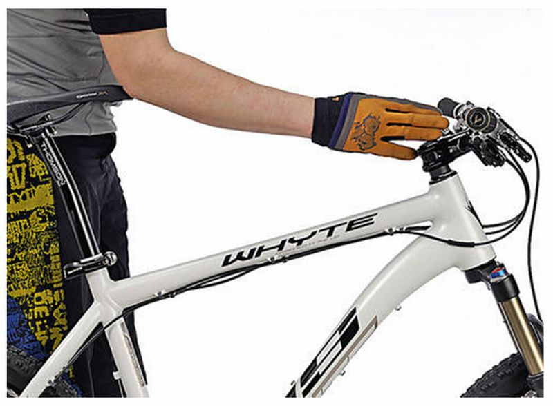 Dialing in Riding Position-mtb-reach-handlebars.jpg