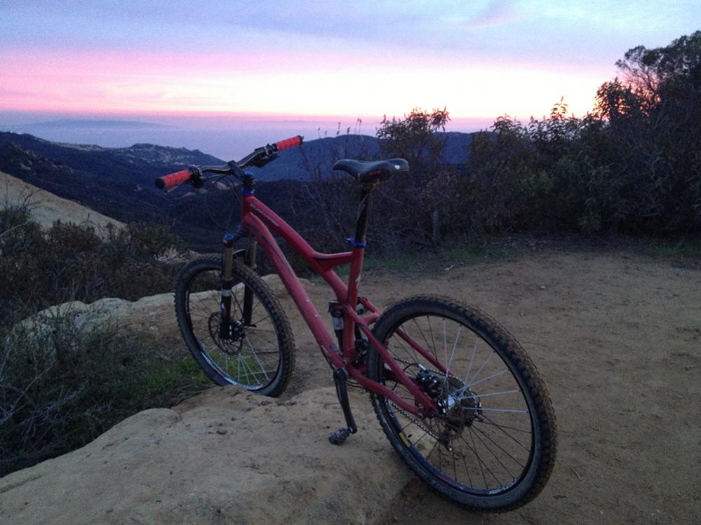 A dedicated thread to show off your Specialized bike-mtb_sunset_upload.jpg