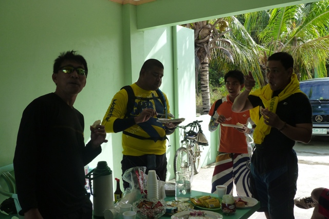 Photos of post ride food or fiesta-mtbr3.jpg