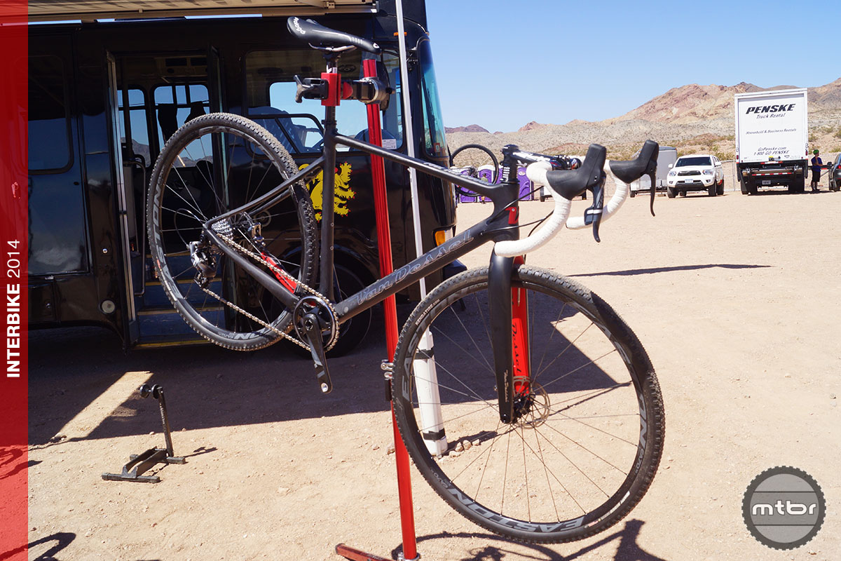 Canyon Bikes Usa 2015 Boogie cyclocross bike on