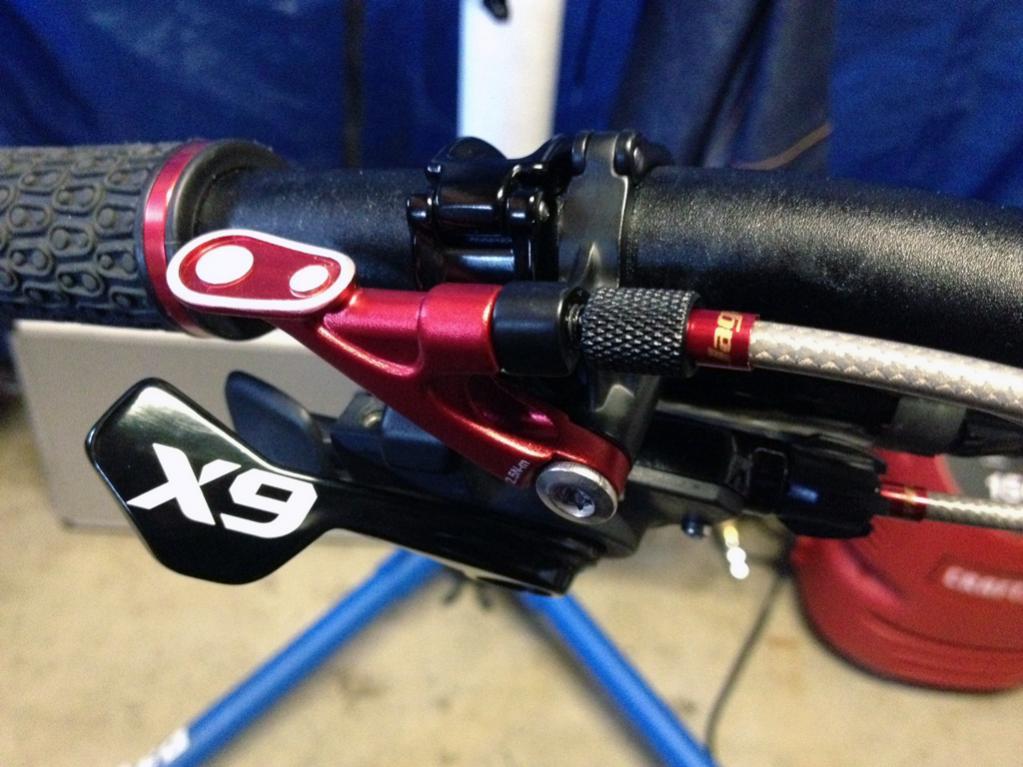 Crank Brothers Kronolog Adjustable Seatpost-mtbrpost2.jpg
