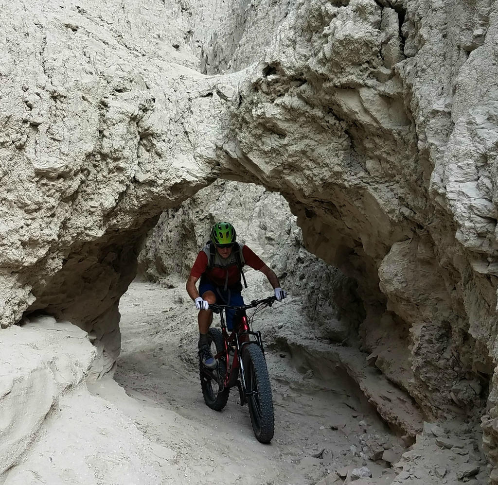 Daily fatbike pic thread-mud-caves.jpg