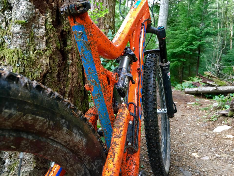 One picture, one line.  No whining. Something about YOUR last ride. [o]-muddy.jpg