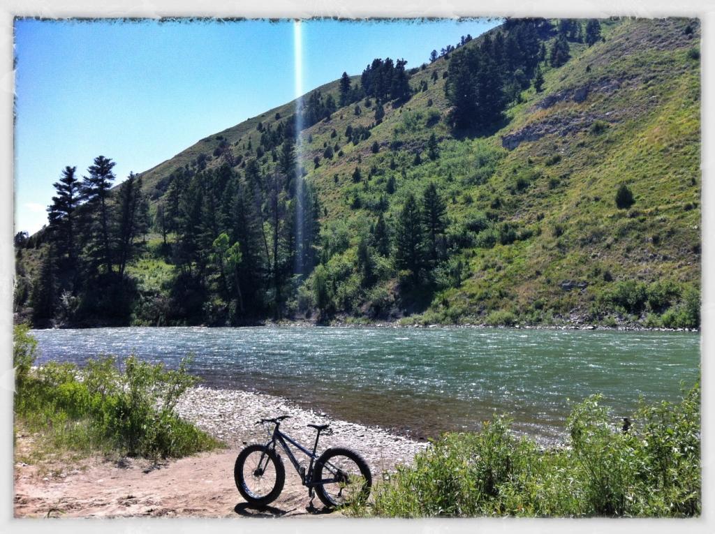 Daily Fat-Bike Pic Thread - 2012-muk_snakeriver.jpg