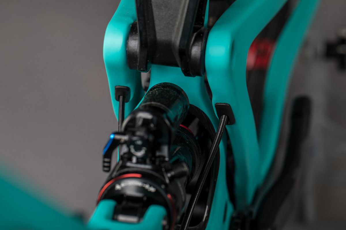 lower link closeup