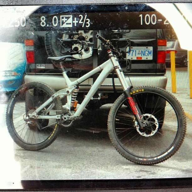 2014 DH bike?-mystery-crankworx-proto.jpg
