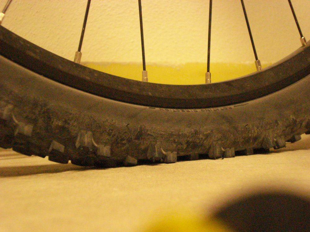 Tire pressure for all around XC riding?-mythos-xc-ii-loaded_01.jpg
