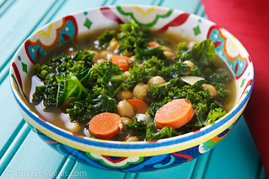 Vegetarian / Vegan / Raw recipes & chat-na-chickpea-kale-soup1.jpg