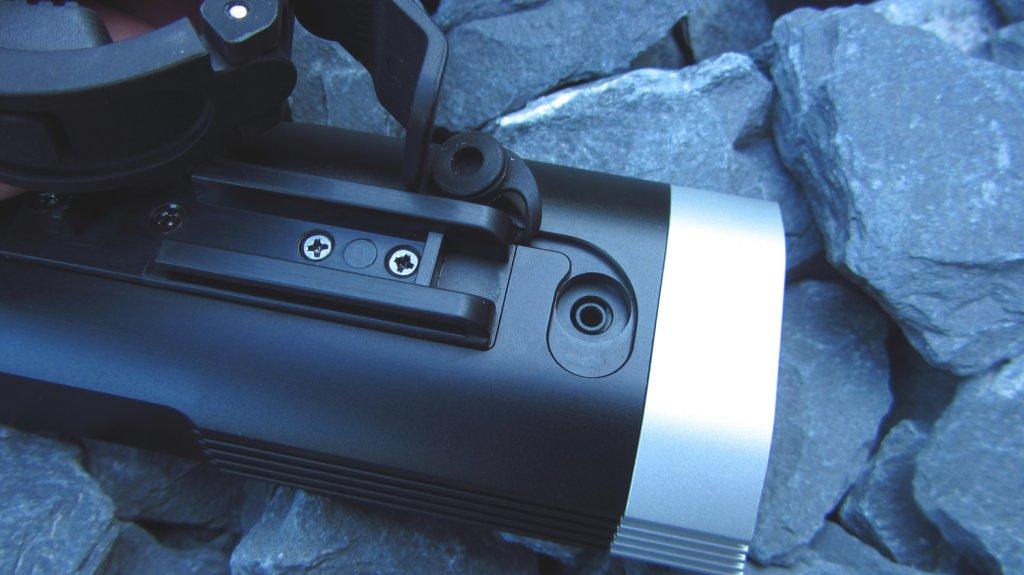 Fenix BC30 Bike Light,  Dual distance beam -Twin XM-L2 T6 review-netimg_0039a.jpg