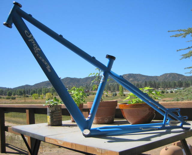 whats black and blue with dirt all over it????-new-bike-picknicks-001.jpg