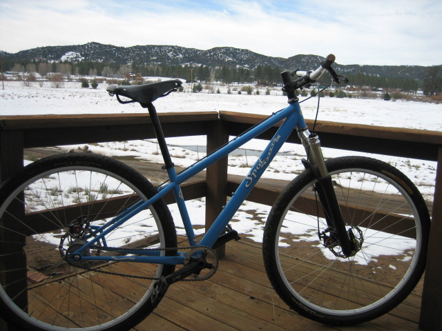 whats black and blue with dirt all over it????-new-bike-picknicks-031.jpg