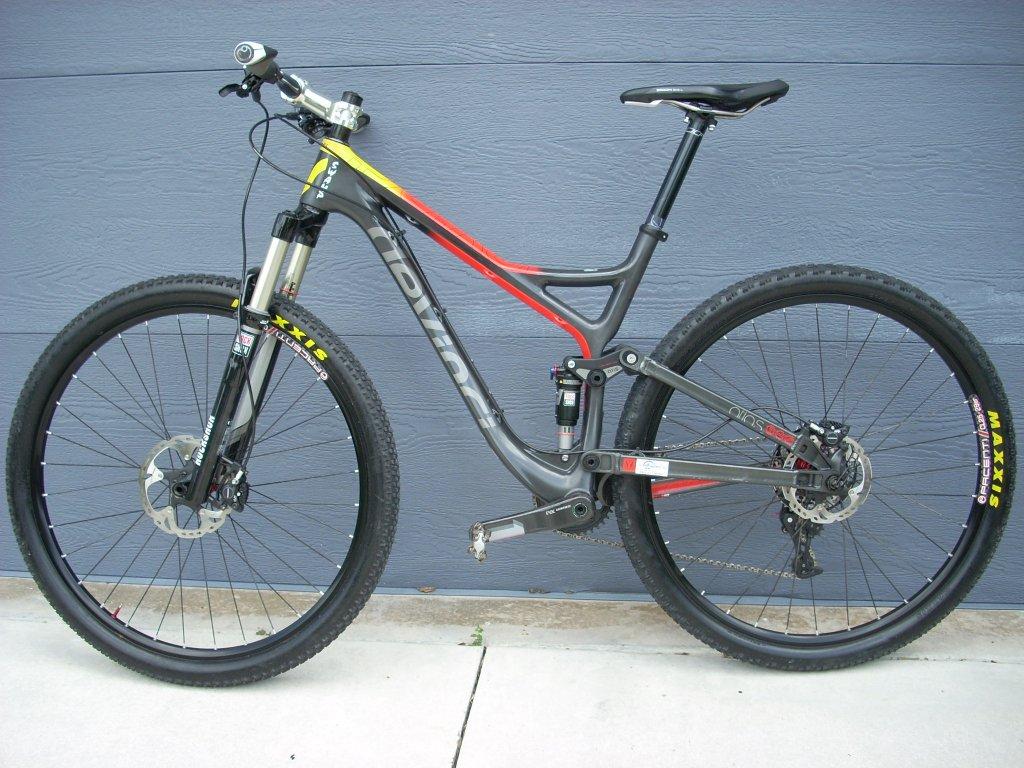 Devinci Atlas Carbon-new-bike-frame-001.jpg