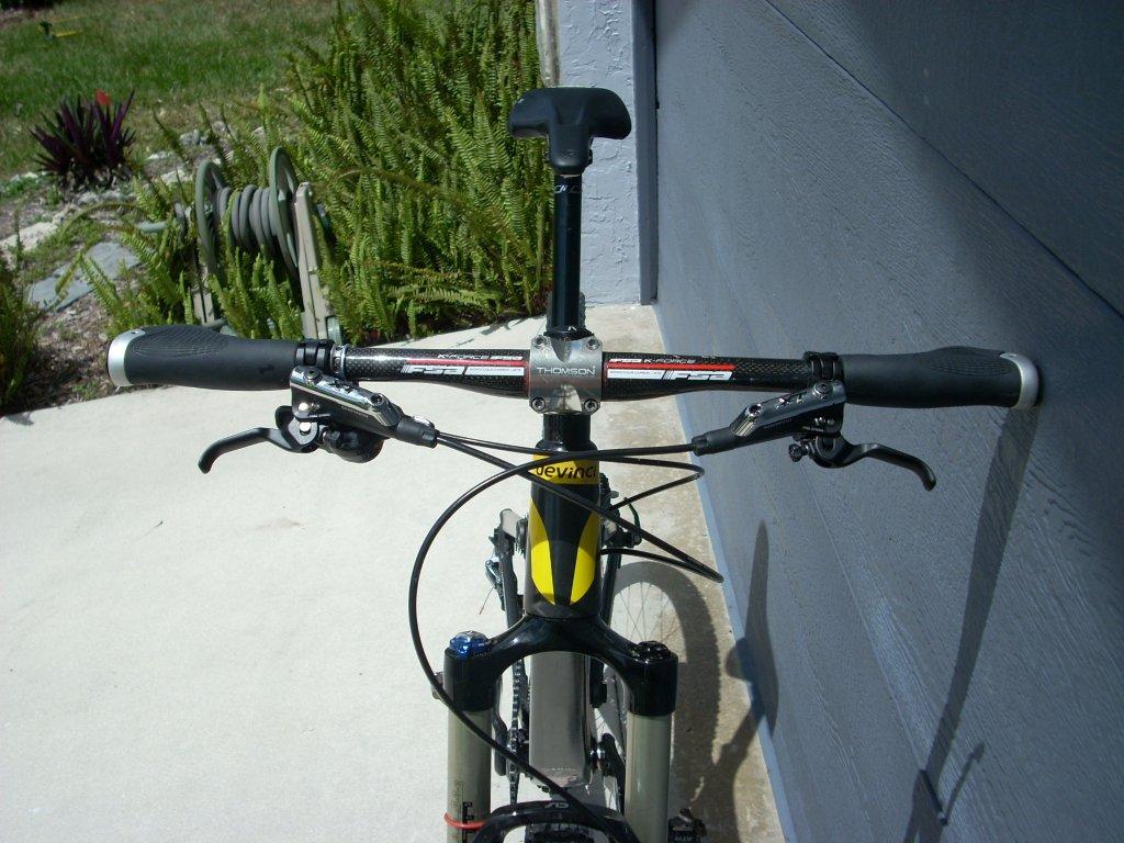 Devinci Atlas Carbon-new-bike-frame-003.jpg