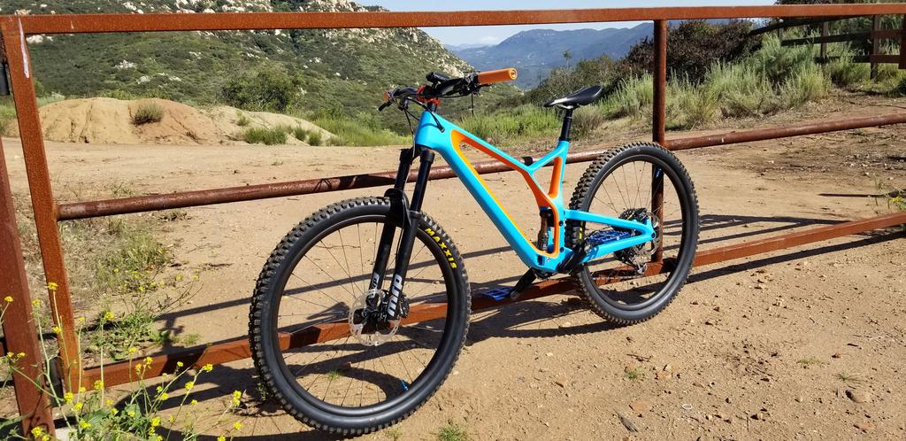 Light Carbon FS937: Downcountry 29er Build-new-bike-resized.jpg