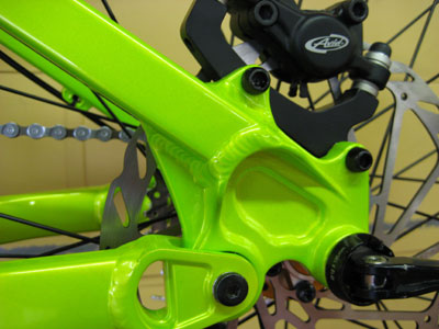 new-six-gussetted-chainstay.jpg
