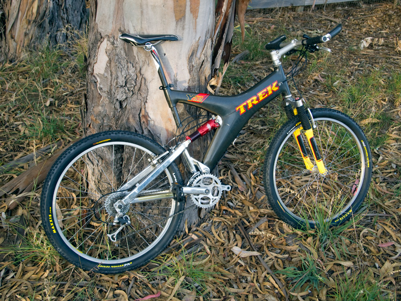 Photos of your TREK'S-new-skins-old-ride.jpg