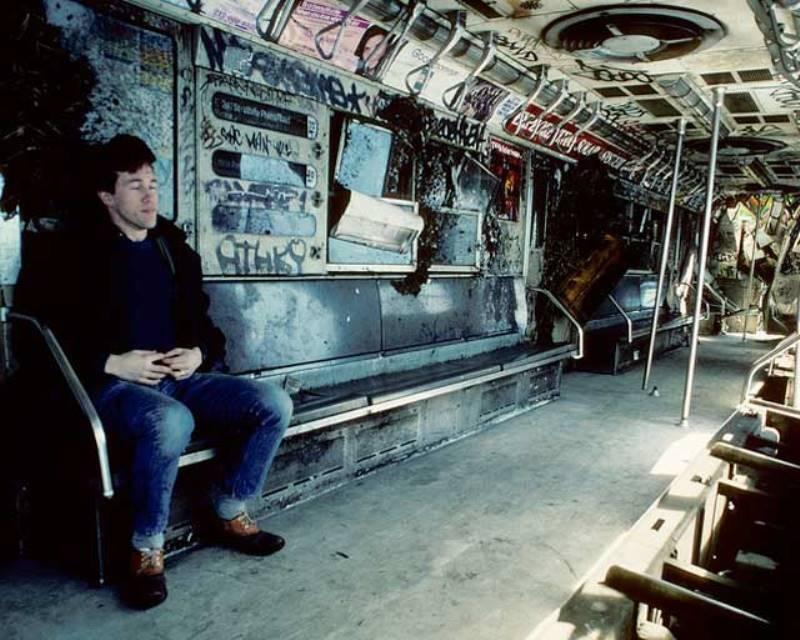 Oct 1st Turkey dinner ride-new-york-city-subways-1980s.jpg
