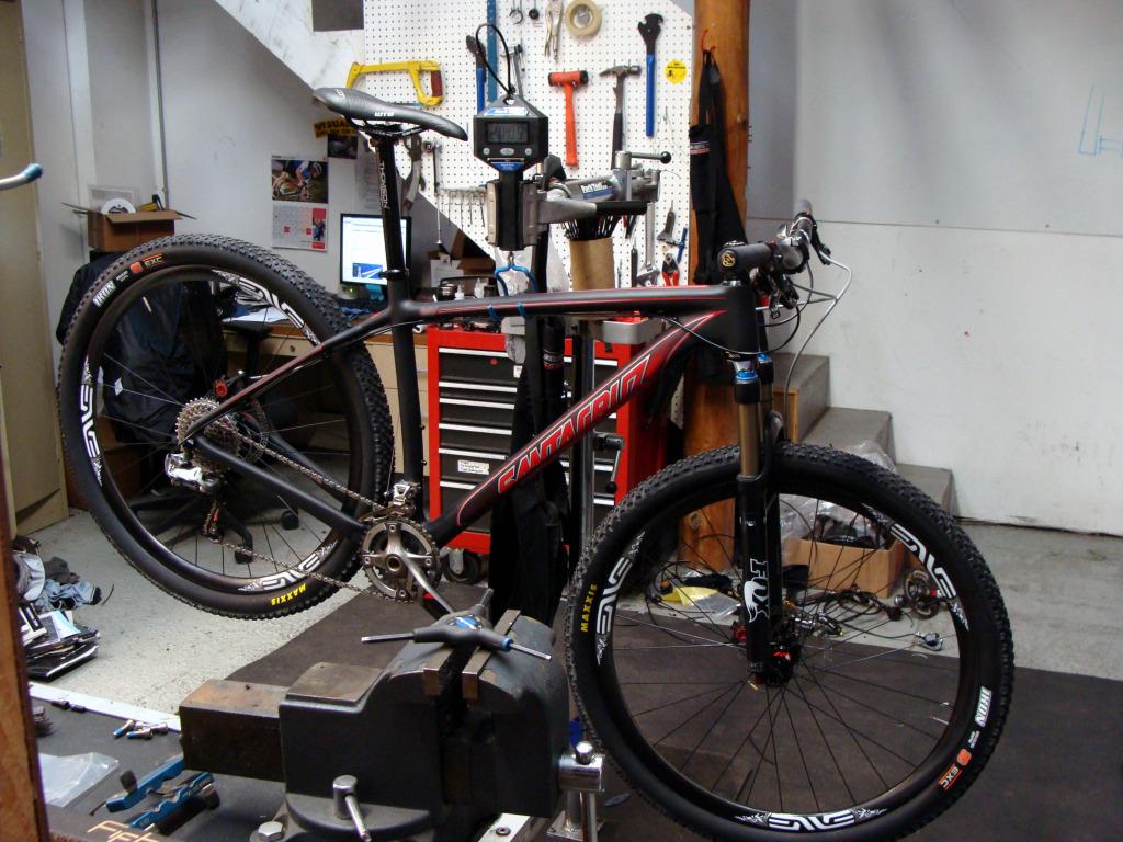 Santa Cruz Carbon Hardtail 29!!-newknife.jpg