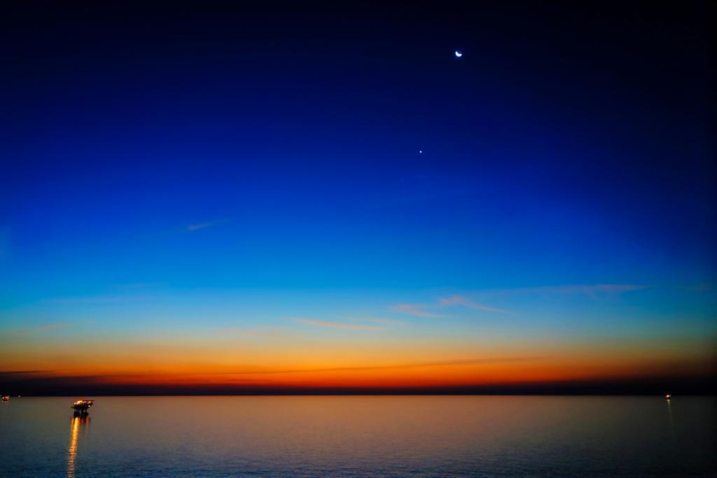 Night Photography - Post your shots!-night-set-77777dsc01599_600_601_tonemapped-14-2-2.jpg