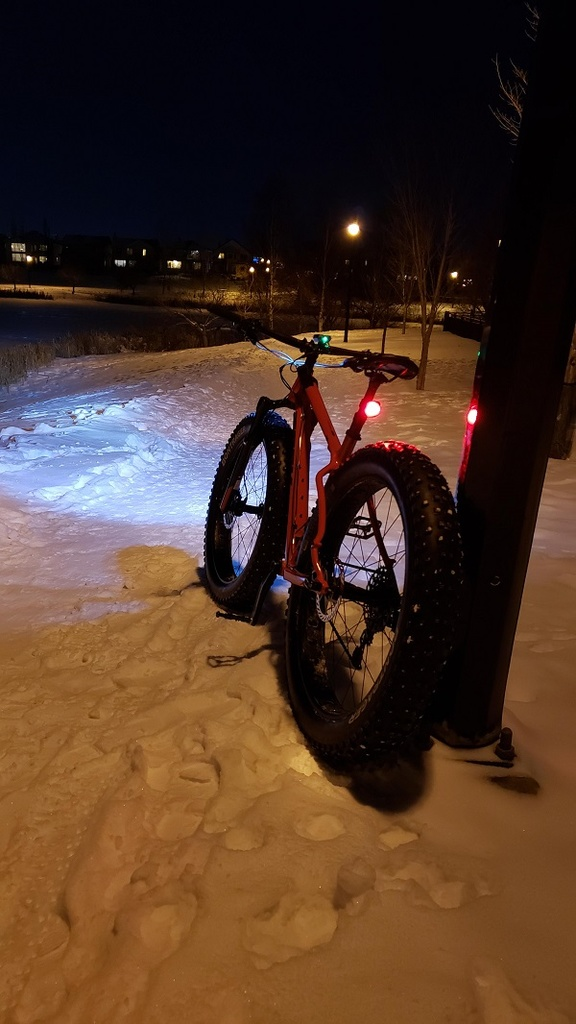 Snow and ice riding picture thread.-nightrun_4.jpg