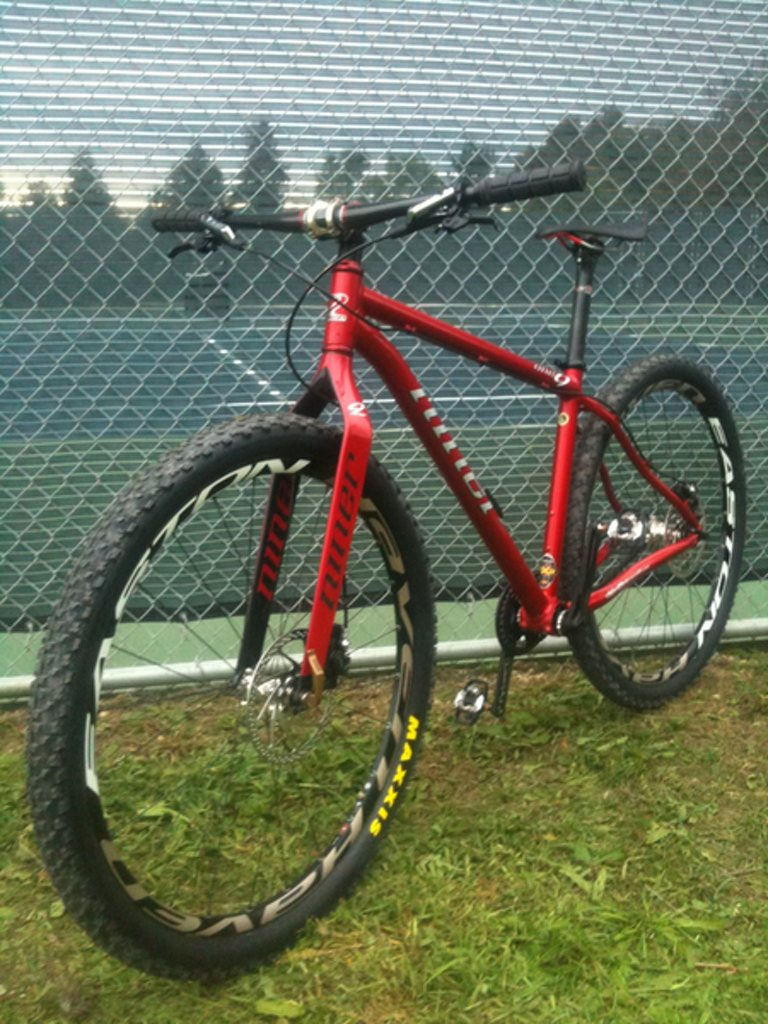 STOLEN Red MTBs (in Santa Cruz): Niner One9 SS and Santa Cruz Bullit DH-niner-one9-ss-1024.jpg