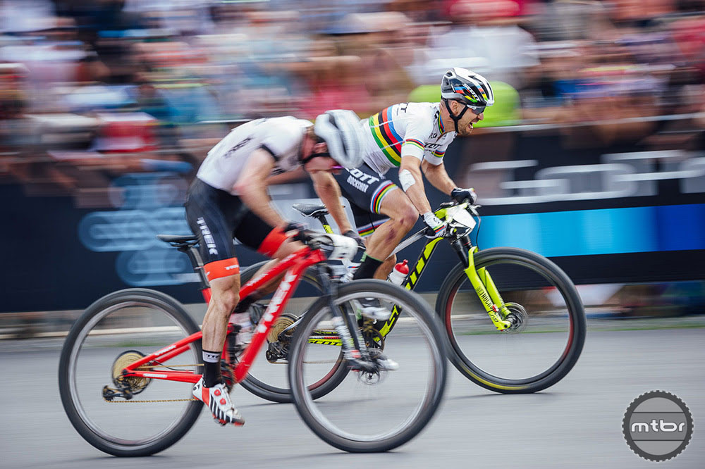 Schurter takes razor thin sprint World Cup win