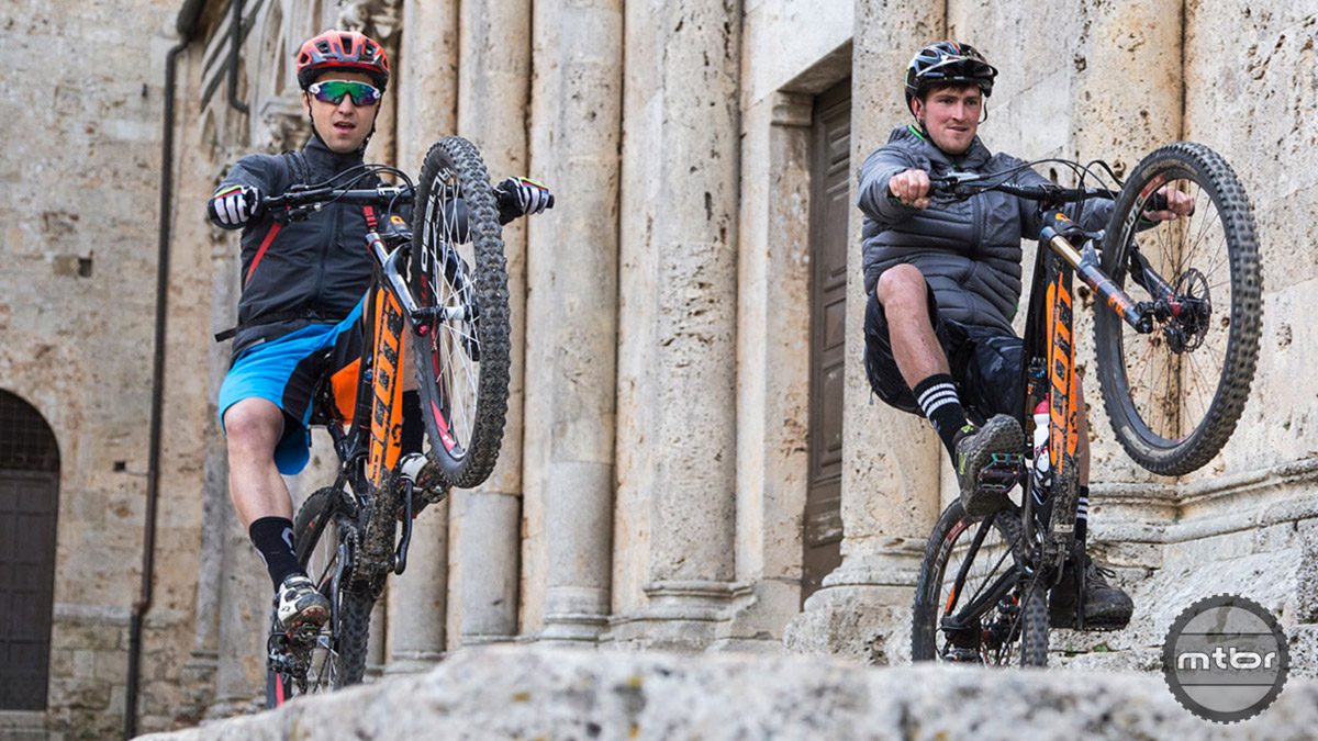 Cross-Country World Champion Nino Schurter of SCOTT-Odlo MTB Racing and Downhill Pro Brendan Fairclough of  Gstaad SCOTT DH Team spent some time together in Tuscany to share their passion for two wheels. Who do you think had the bigger engine? Photo by Jochen Haar
