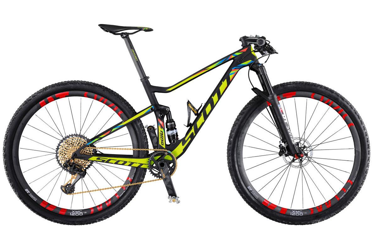 Schurter's Olympics race bike has a Rio inspired paint job.