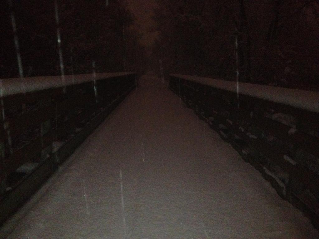 Actual snow coming tomorrow night-nite_ride5.jpg