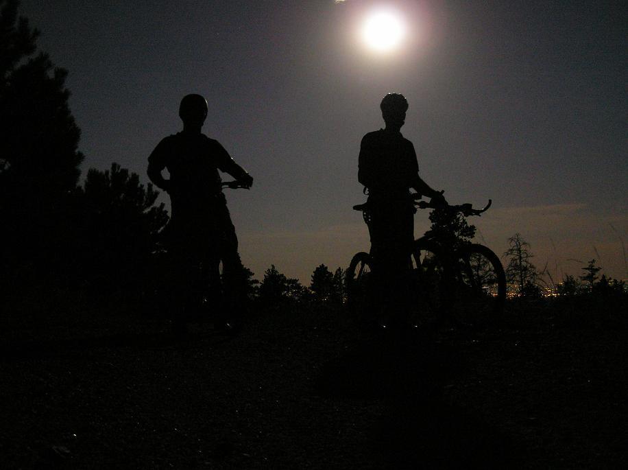 Night Riding Photos Thread-niteride.jpg