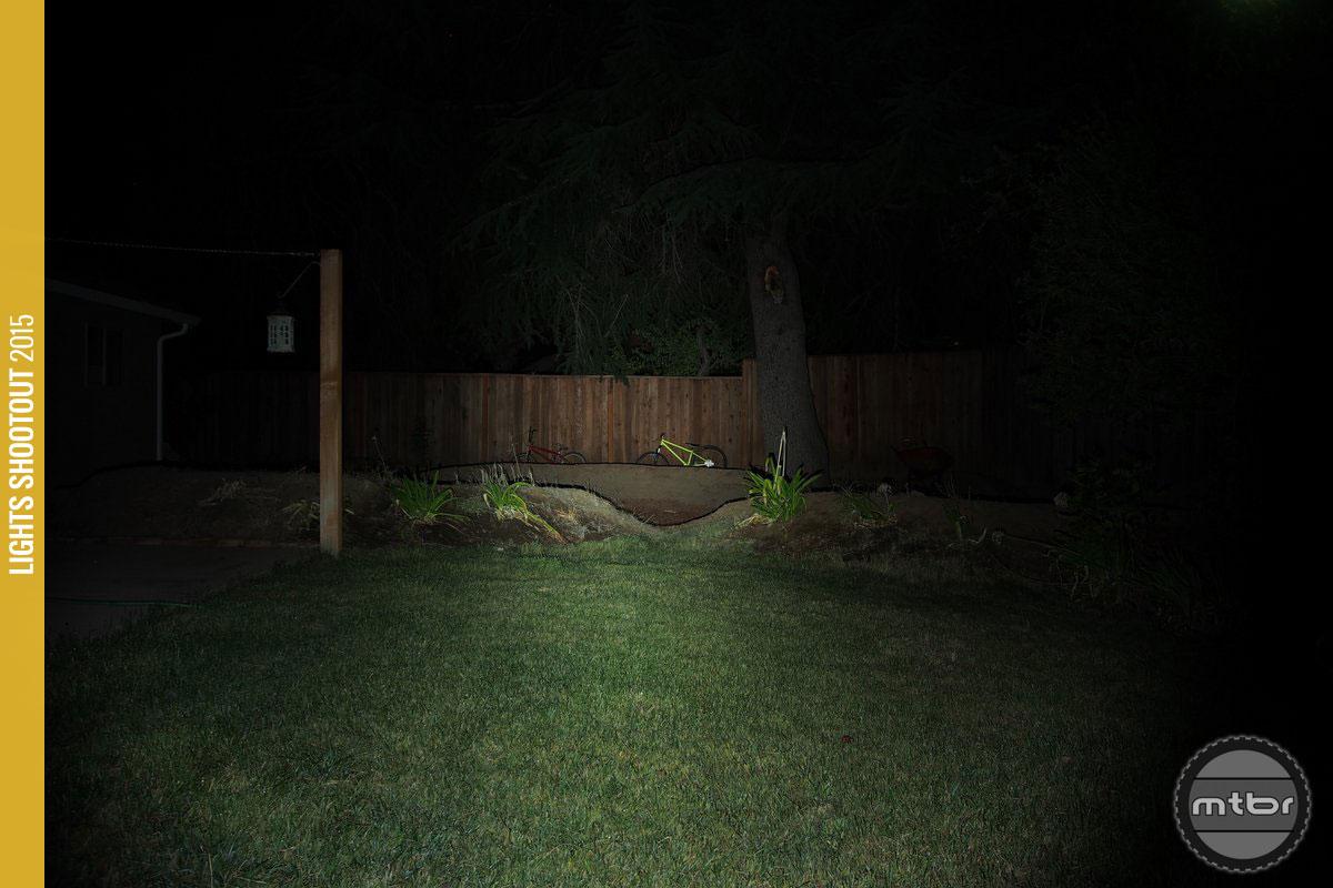 NiteRider Lumina 400 Backyard Beam Pattern