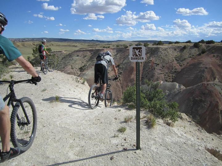 The NM Trail Pix Thread-nm_whitemesadanger.jpg