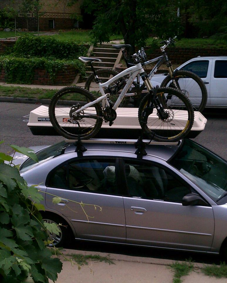 Stolen: White Santa Cruz Nomad-nomad_greener_times.jpg