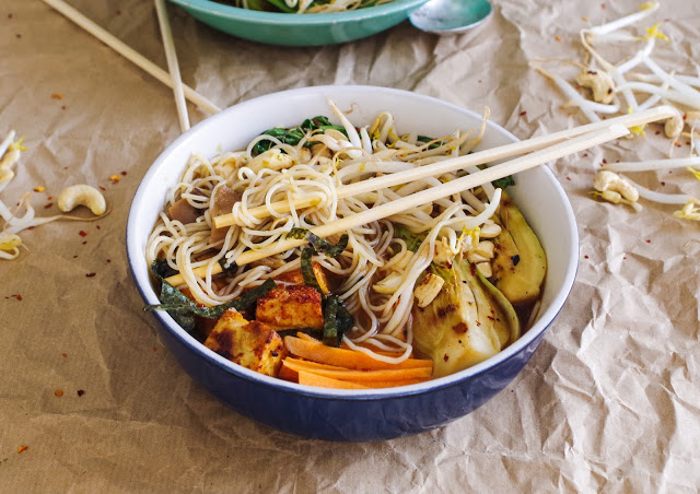 Vegetarian / Vegan / Raw recipes & chat-noodle-soup-5.jpg