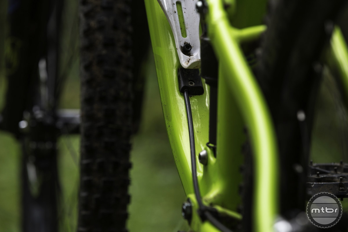 Ultra clean internal cable routing and room for a water bottle? What's not to love.