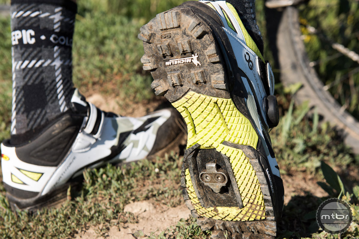 The real estate around the cleat is flat, making it easier to clip in and out, while also providing a landing zone for those times when you can't quite find your cleat.