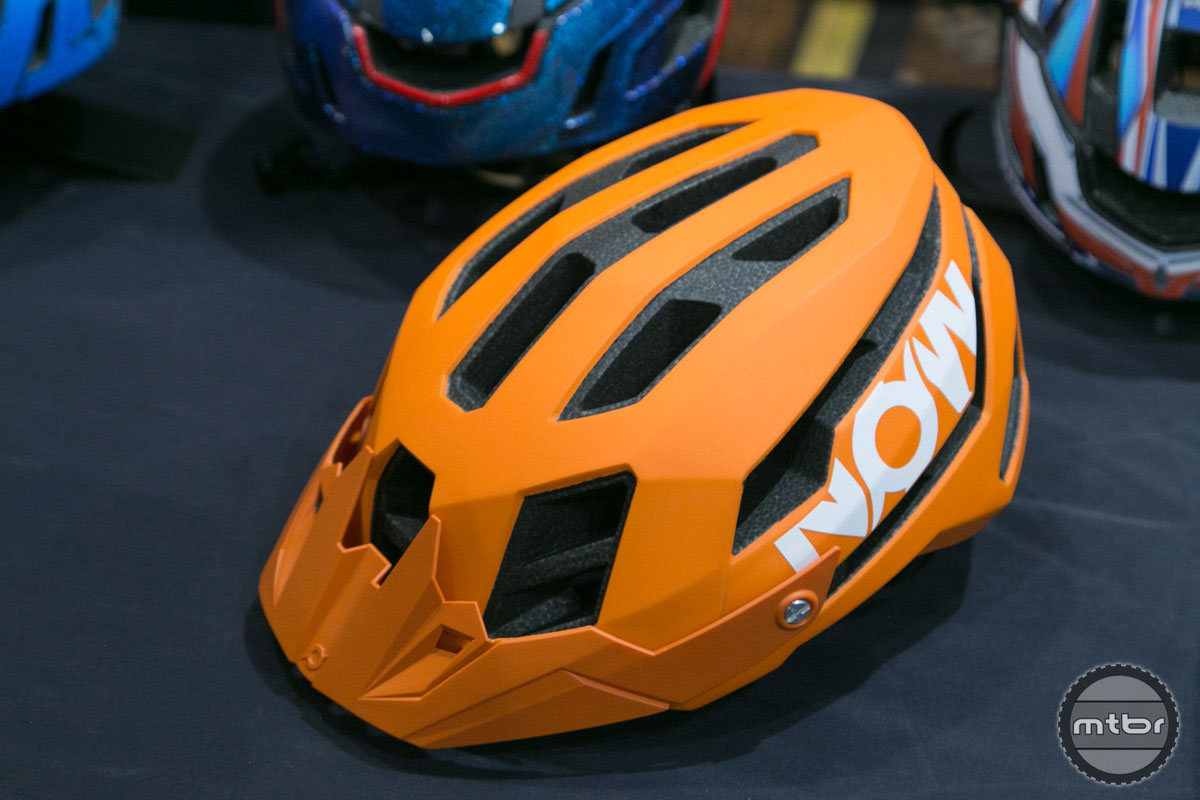 NOW Xflow Helmet