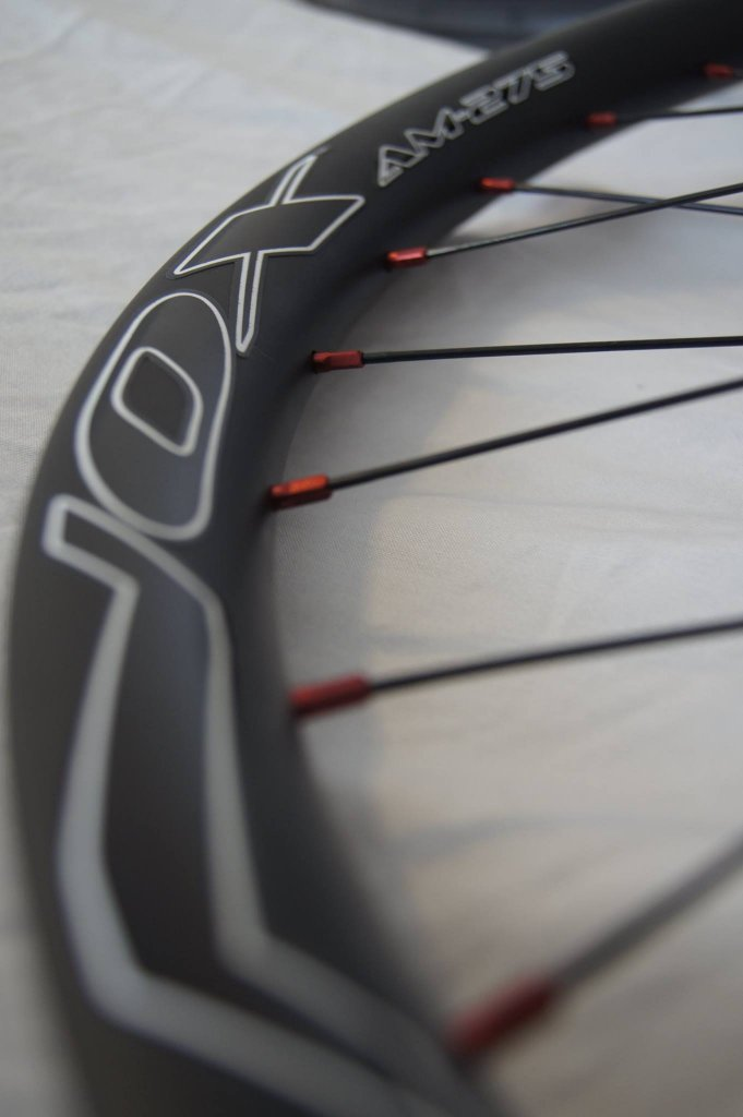 Lets see some blinged out wheelsets..I9,CK,Hope..anything goes!-nox-composites-sapim-nipples.jpg