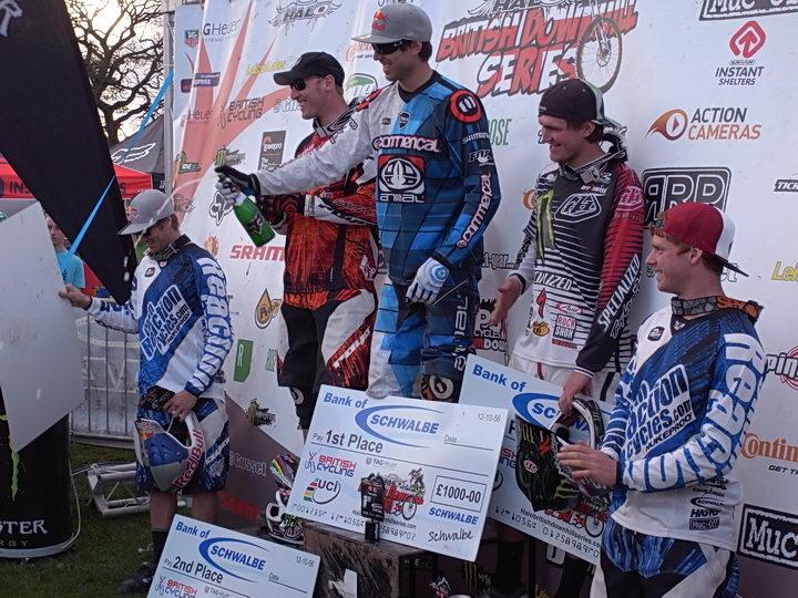 Nukeproof elite podium