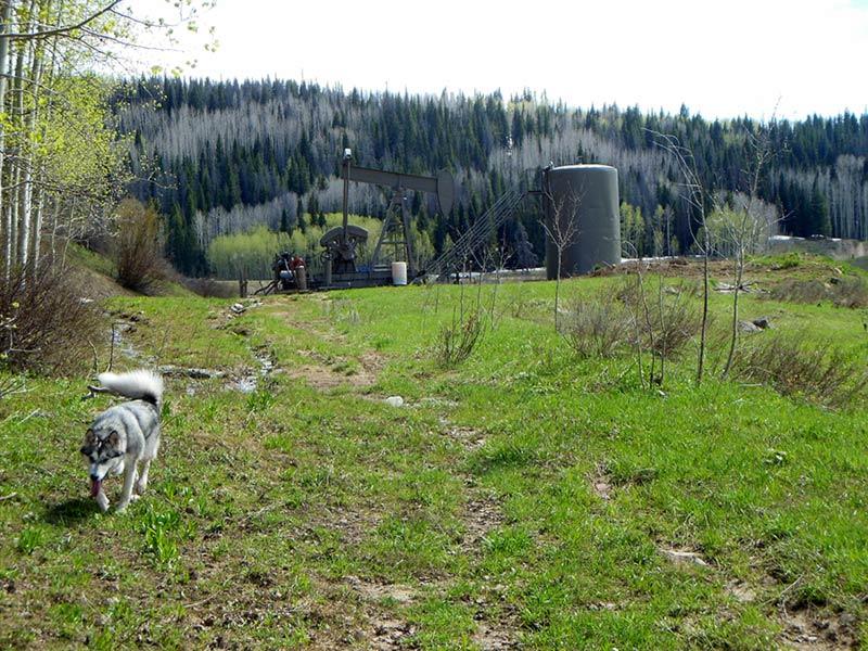 Trail Pics-oilwell1.jpg