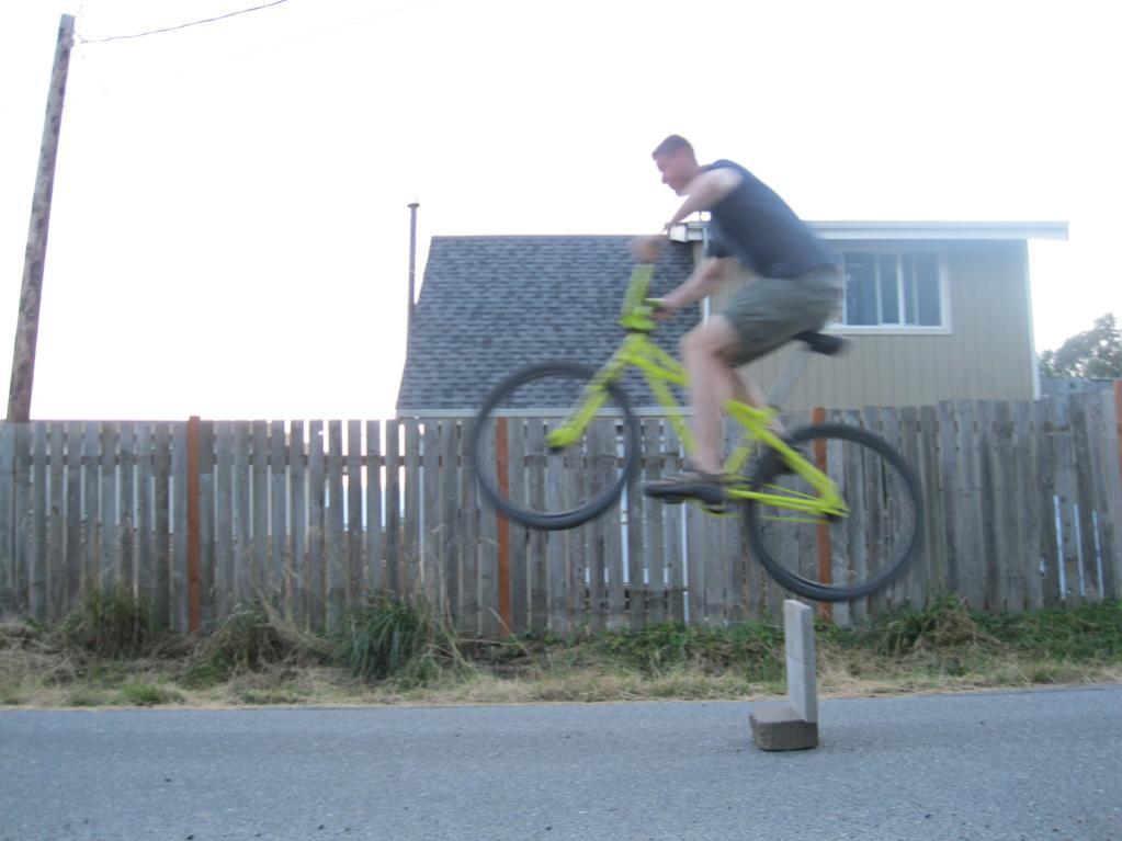 "26"" Cruisers versus Modern Geometry Bikes for Older Guys-om3.jpg"
