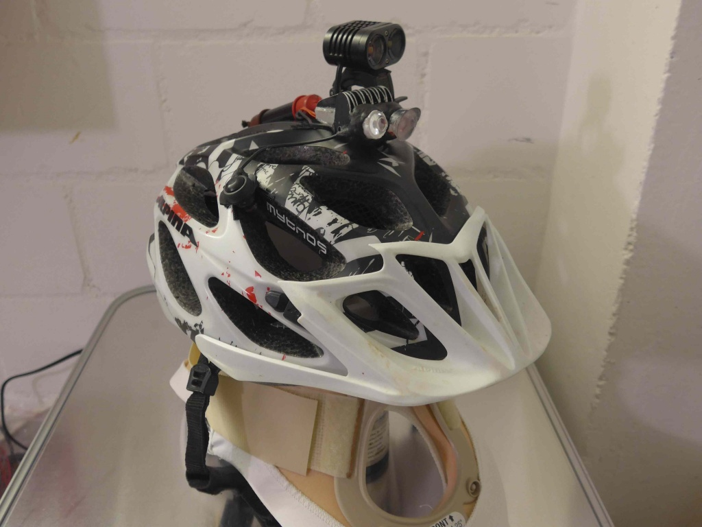 Comb the Air-helmet.jpg