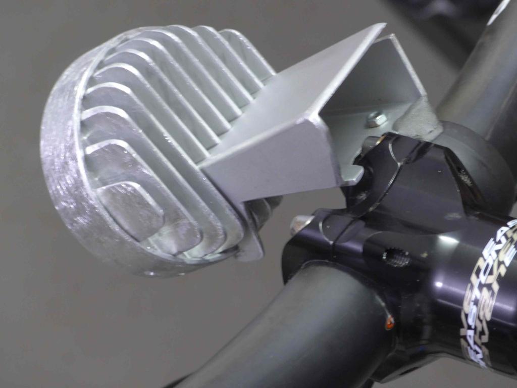 Comb the Air-bar.jpg
