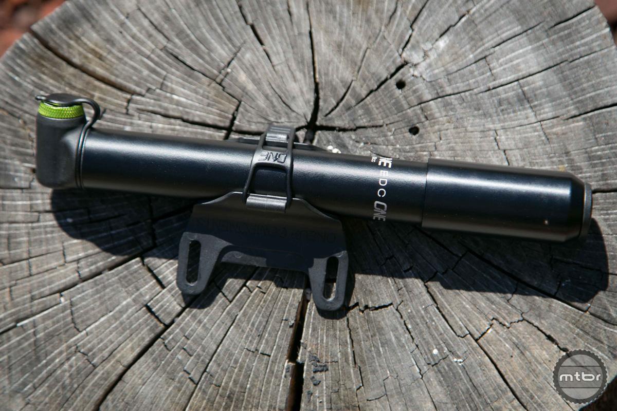 OneUp EDC Tool 100cc Pump