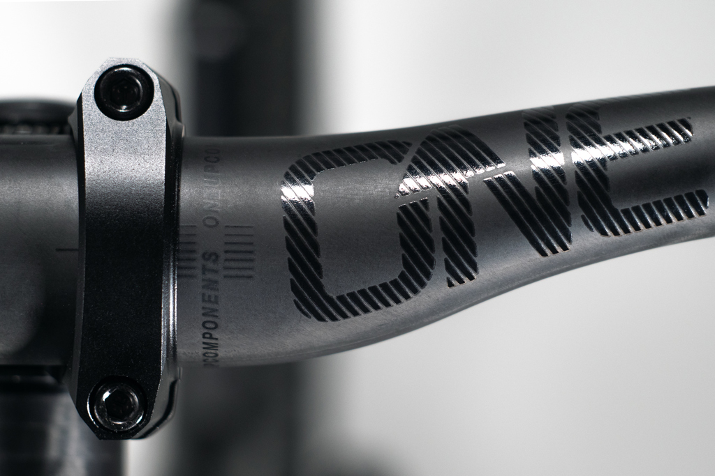 OneUp carbon bars