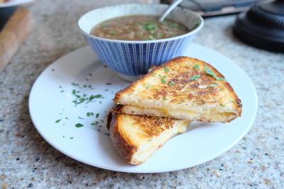 Name:  onion soup.jpeg Views: 219 Size:  21.5 KB
