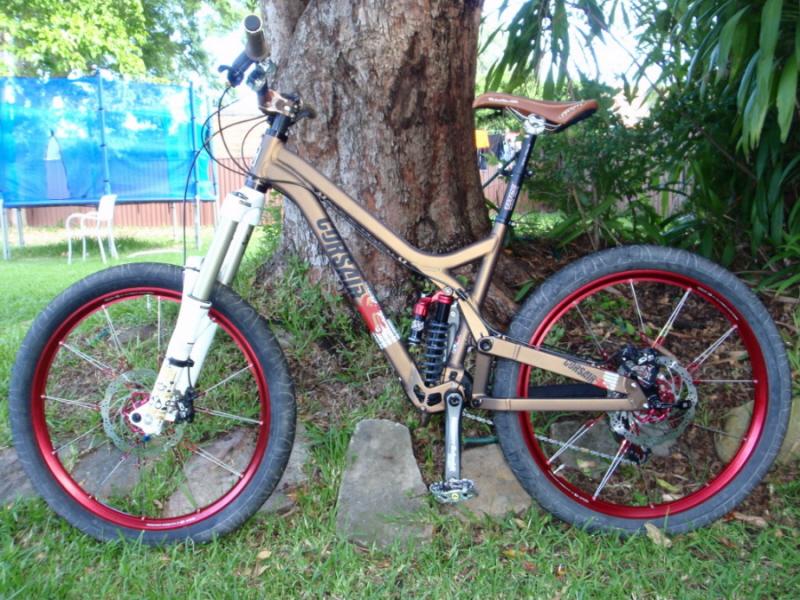 Hookworms on a Downhill bike?-opium%2520side%25202.jpg