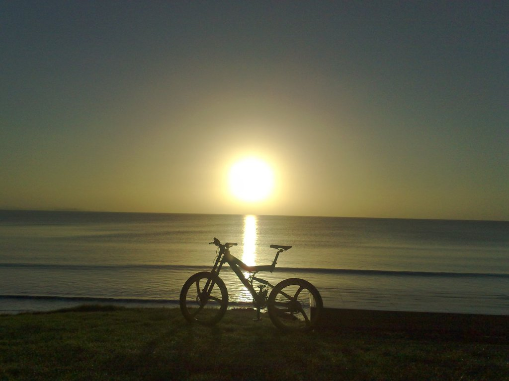 Sunrise or sunset gallery-orewa.jpg